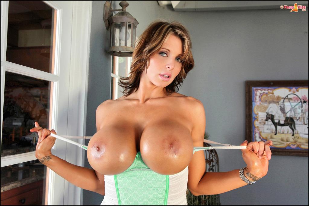 Бесплатные фото голых женщин с большой грудью