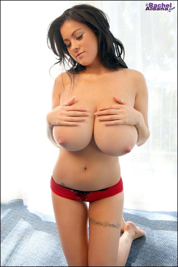 rachel bilson half naked