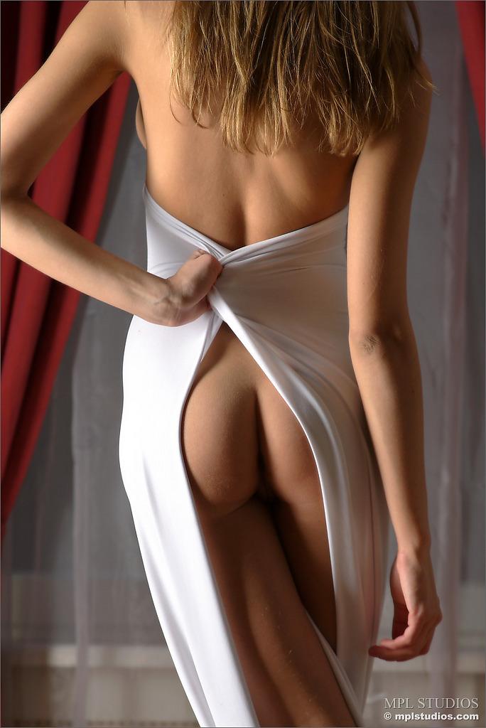 Проститутки ижевска подружки 19 фотография