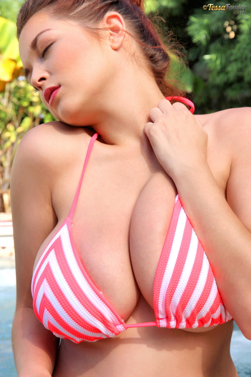 sexy big boobs tessa fowler stripes bikini