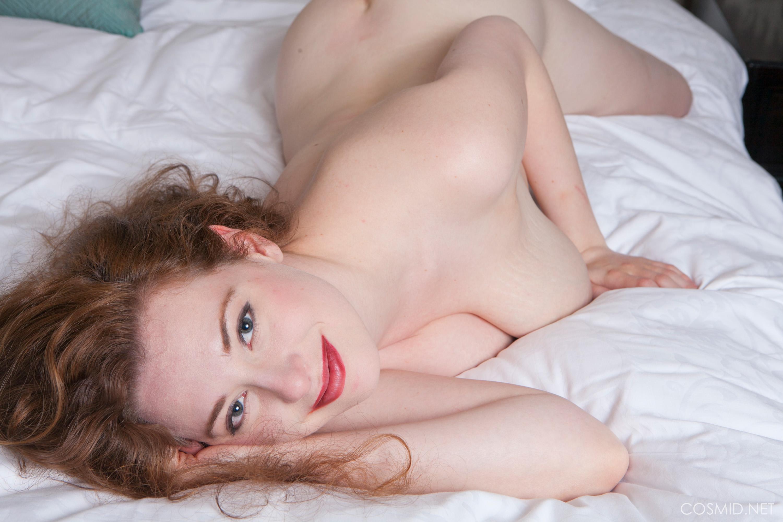 misha lowe   misha on the bed at hq babes