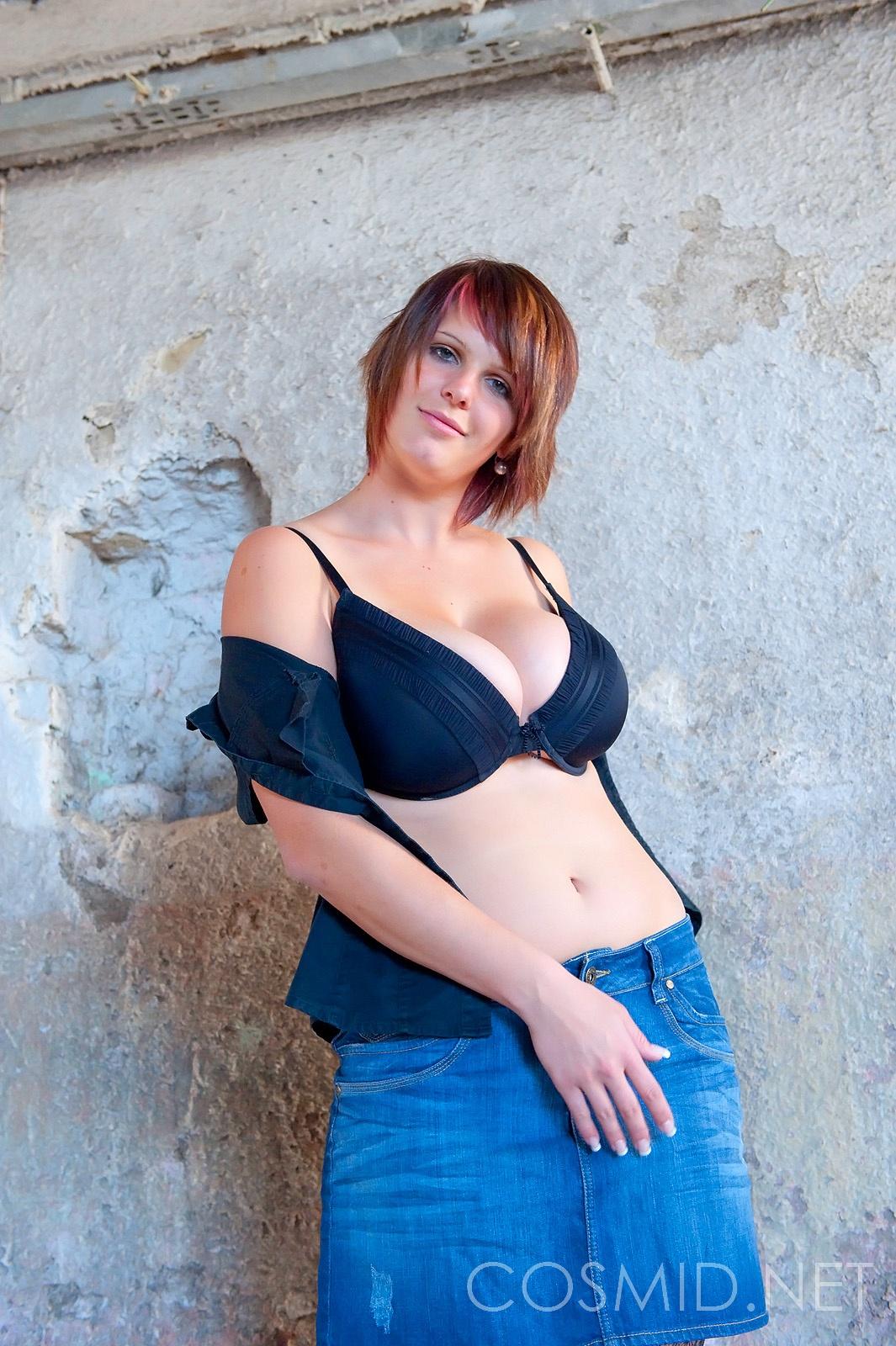 Jenny mcclain oils up her big 36f tits in sauna - 3 part 7