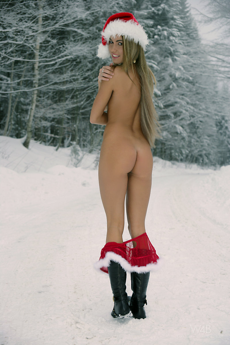 Santa fuck snowwhite pic porno movies