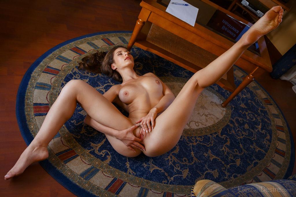 всем раздвигай ноги девка фото наташи провалились сосущих