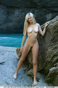 femjoy nude Corinna hi res