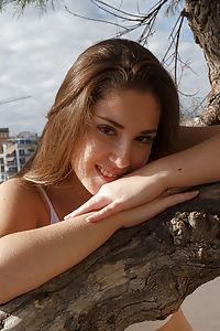 Mireia Cabello Nude