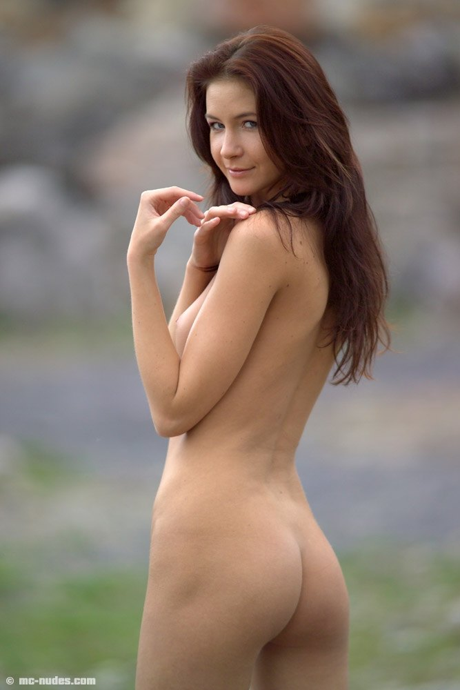 Free nude picture actress