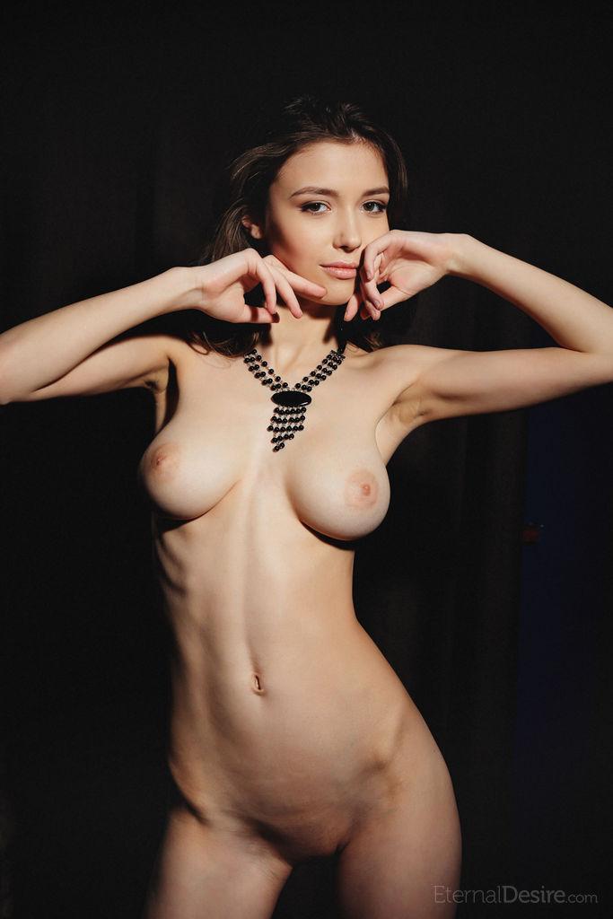 Sandra orlow fully nude