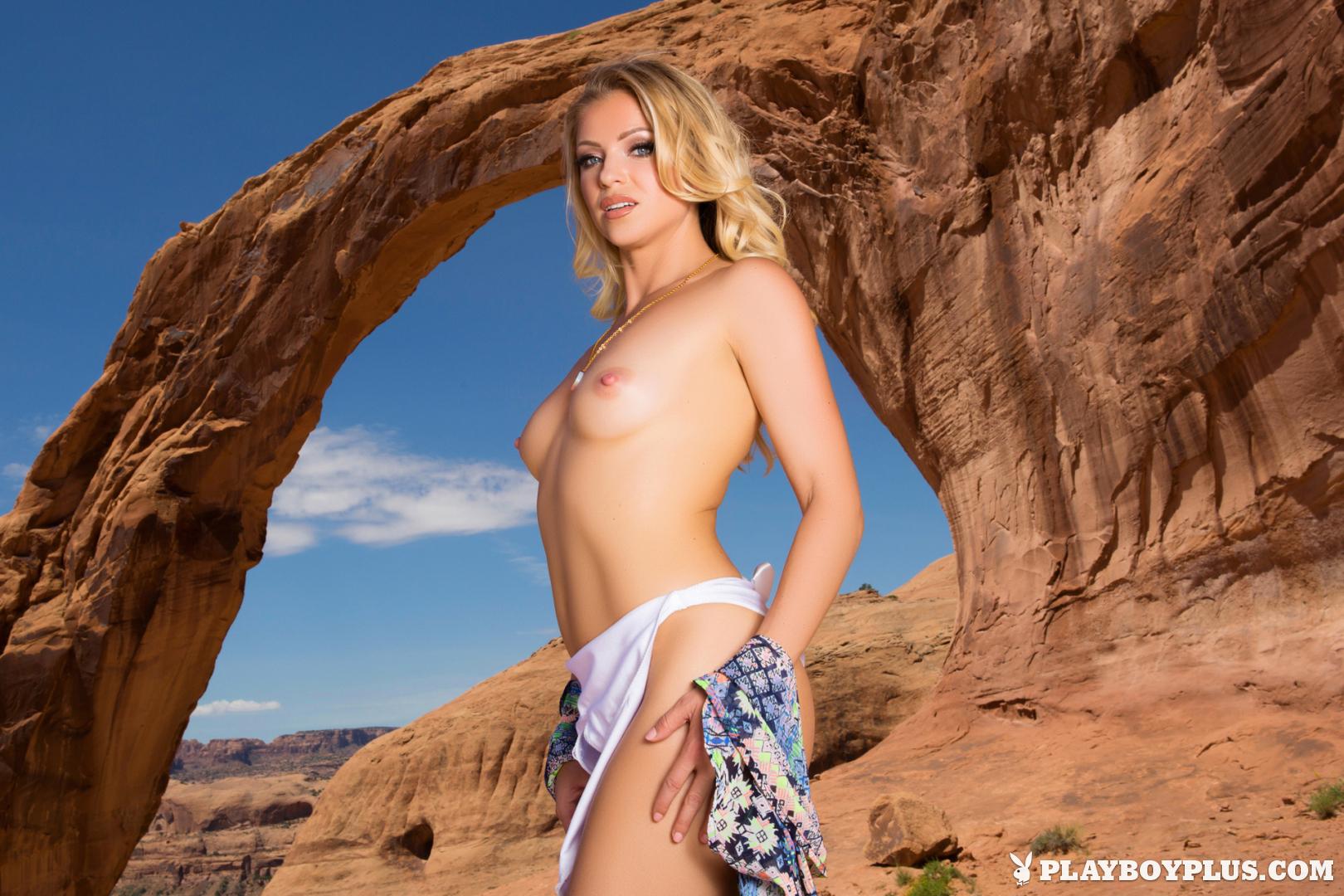hot girl nude butt