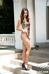 Roxanna nackt June Roxanna Sex