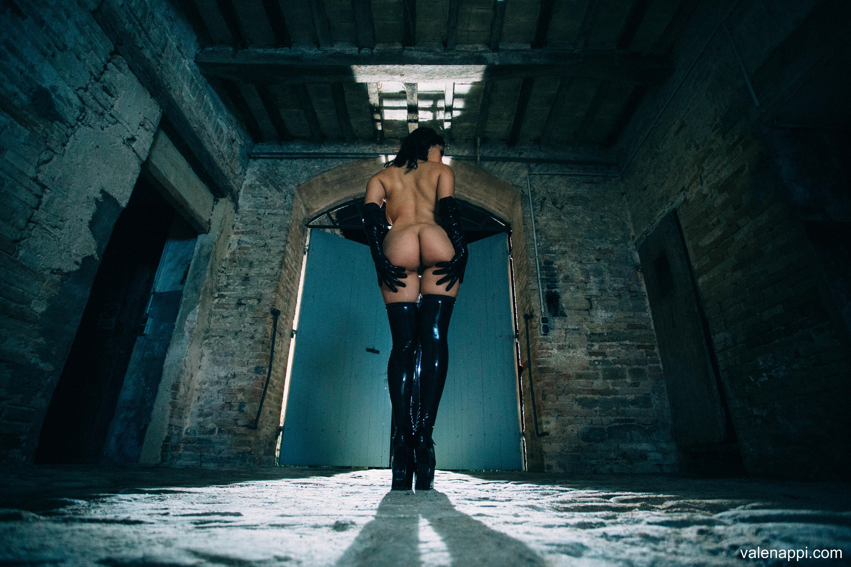 Valentina Nappi - Latex at HQ Babes