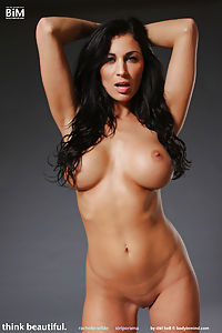 Naked news rachelle wilde nude